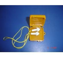 NT03 Nút tai trong hộp vuông