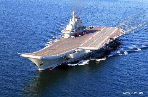 Tàu sân bay duy nhất của Trung Quốc tập trận